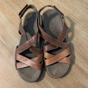 Naturalizer Leather Sandals 8